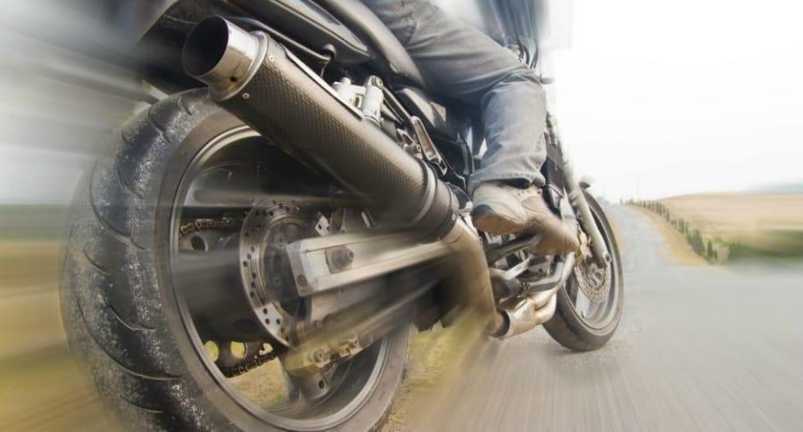Moto a velocidad alta.