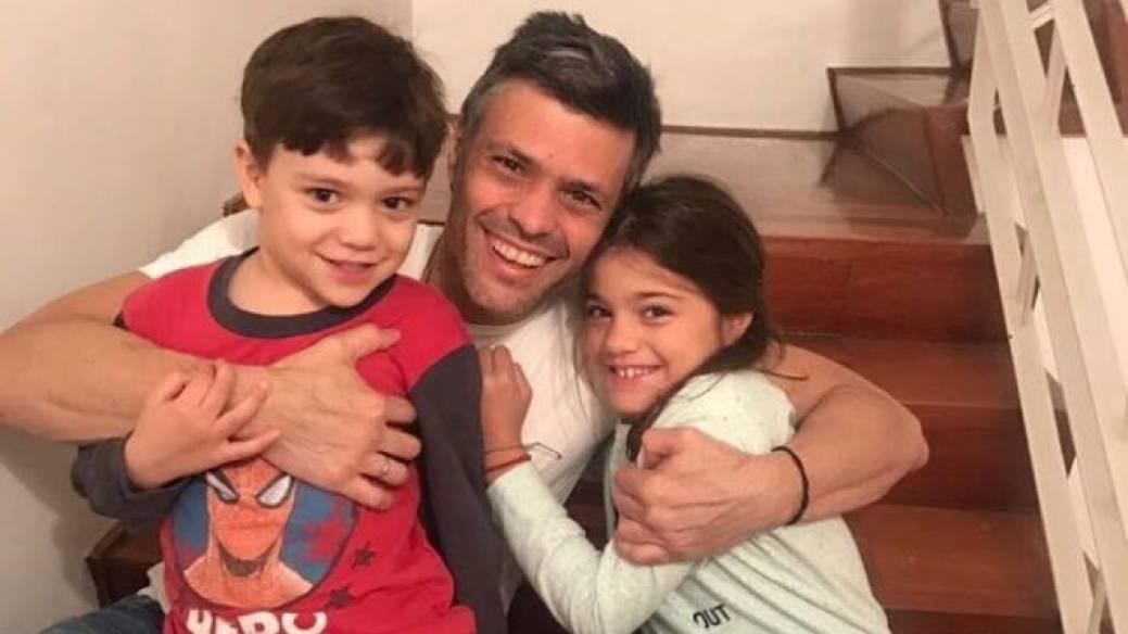 Leoppoldo López e hijos