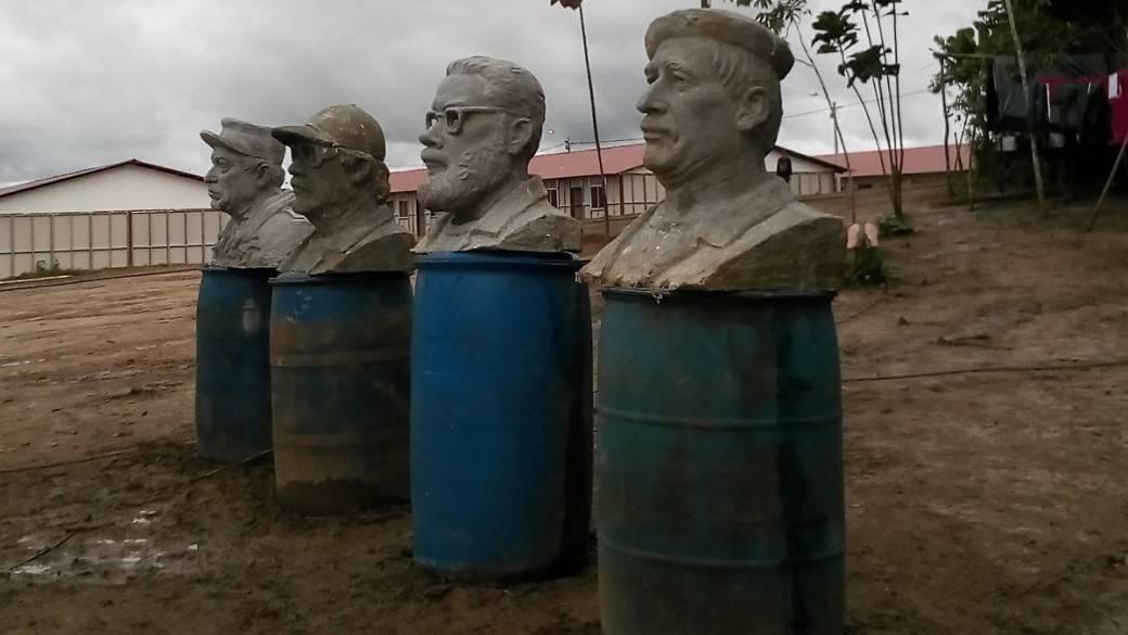 Esculturas de Farc