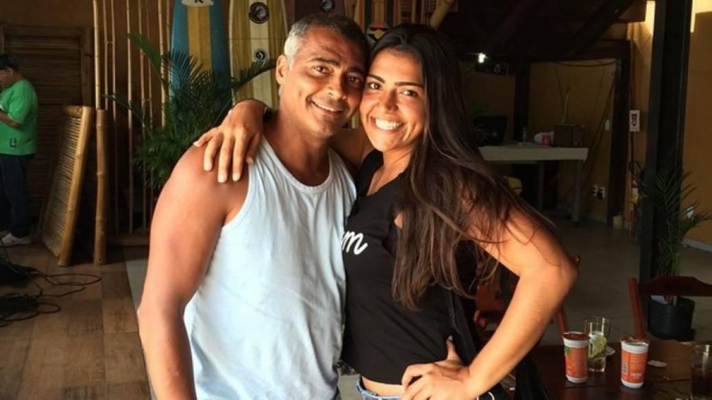 Exfutbolista Romário junto a su hija Mónica