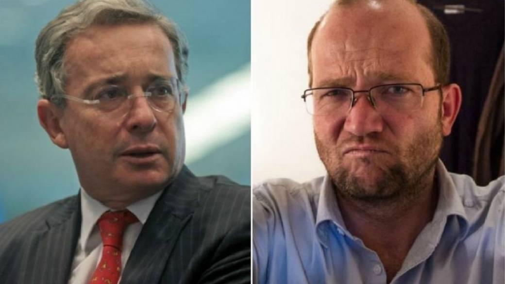 Aceptan tutela de Daniel Samper contra Uribe