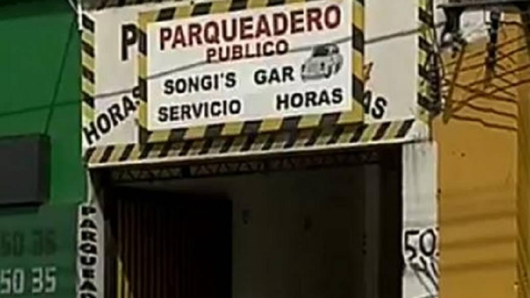 Parqueadero en Galerías del que desapareció el vehículo