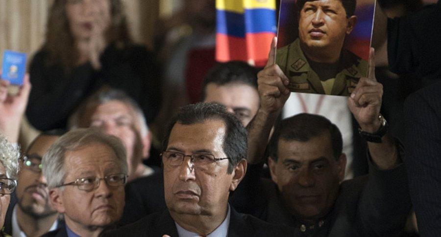 Adán Chávez Getty