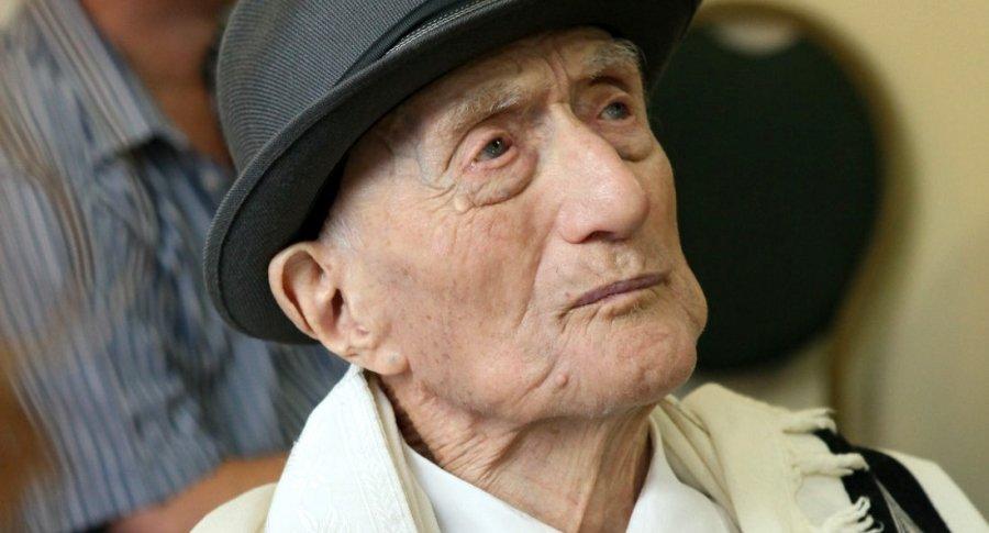 Hombre más viejo