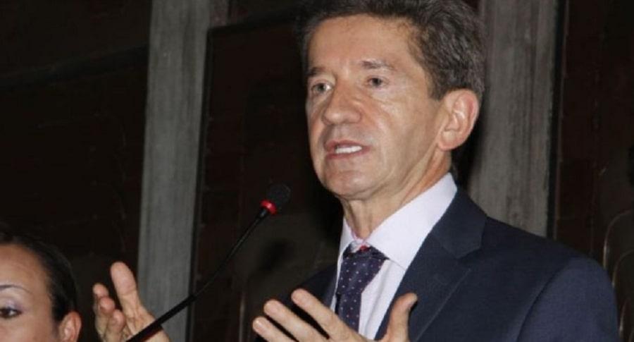 Gobernador Luis Pérez