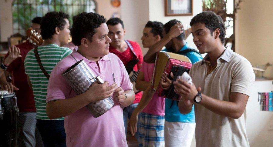 Pillao Rodríguez y Jerónimo Cantillo, actores que interpretan a 'Sasá' y a Kaleth Morales en 'Los Morales'.