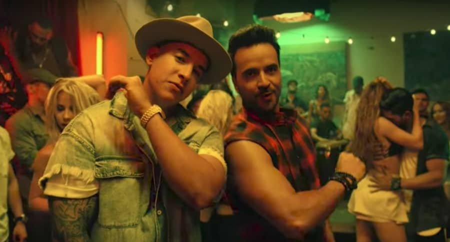 Daddy Yankee y Luis Fonsi en el video de 'Despacito'. Pulzo.