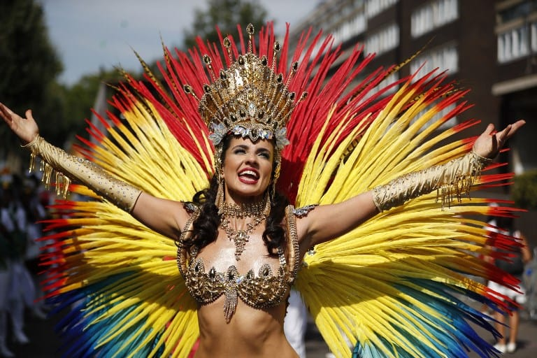 Bailarina de carnaval. Pulzo.