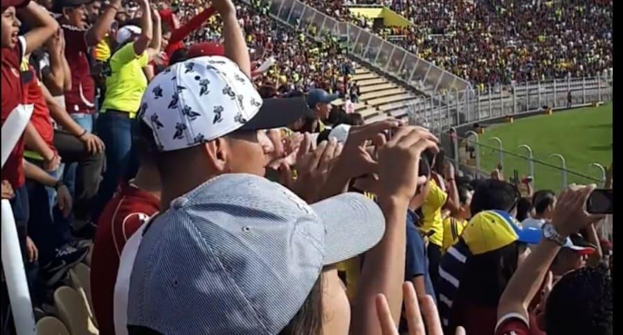 Venezolanos protestando contra Maduro