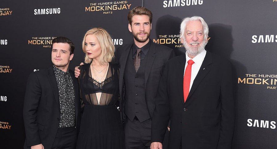 Josh Hutcherson, Jennifer Lawrence, Liam Hemsworth y Donald Sutherland