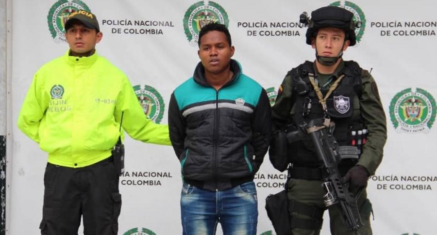 Este es Juan Pablo Solís, el hombre que  causó pánico en el centro comercial