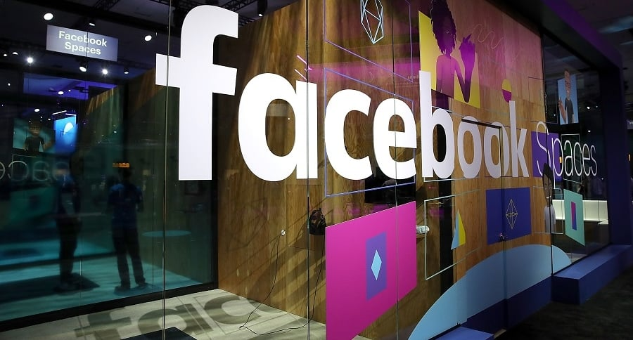 Puerta de Facebook