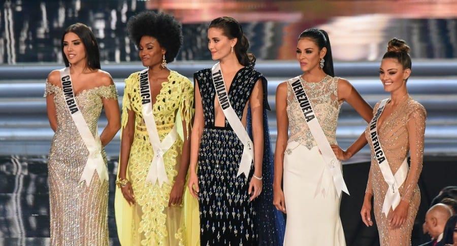 Laura González, Davina Bennett, Maria Poonlertlarp, Keysi Sayago y Demi-Leigh Nel-Peters, representantes de Colombia, Jamaica, Tailandia, Venezuela y Sudáfrica en Miss Universo.
