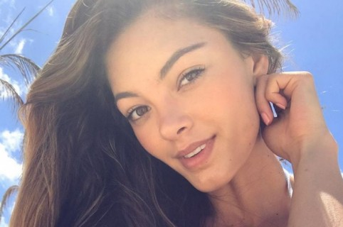 Miss Universo Demi-Leigh Nel-Peters