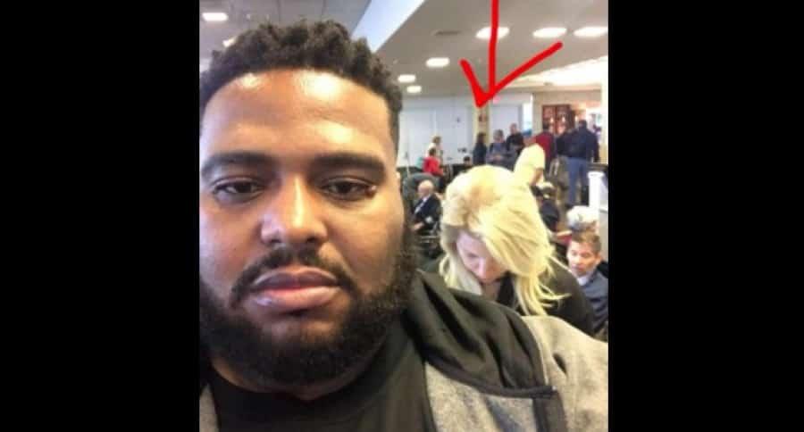 Hombre negro que habría sido víctima de racismo en aeropuerto. Pulzo.