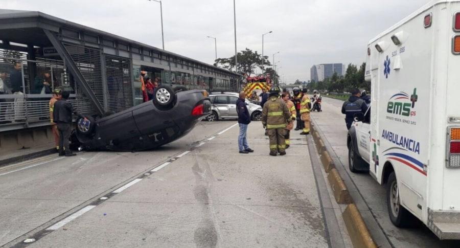 Choque vehicular en la calle 26, en Bogotá. Pulzo.