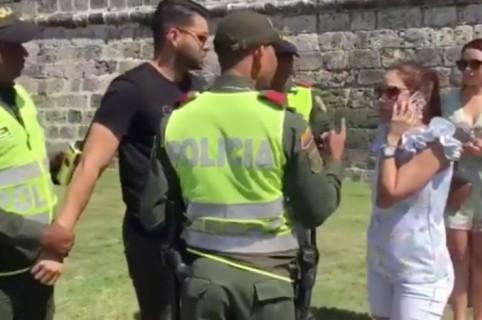 Propuesta de matrimonio en Cartagena que contó con la participación de la Policía. Pulzo.