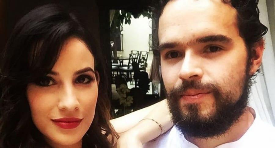 Actriz Laura Londoño y su novio, Santiago Mora. Pulzo.