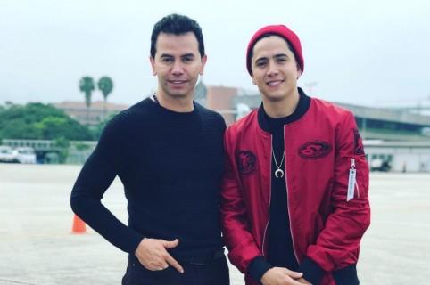 Jhonny Rivera y su hijo Andy Rivera, cantantes.