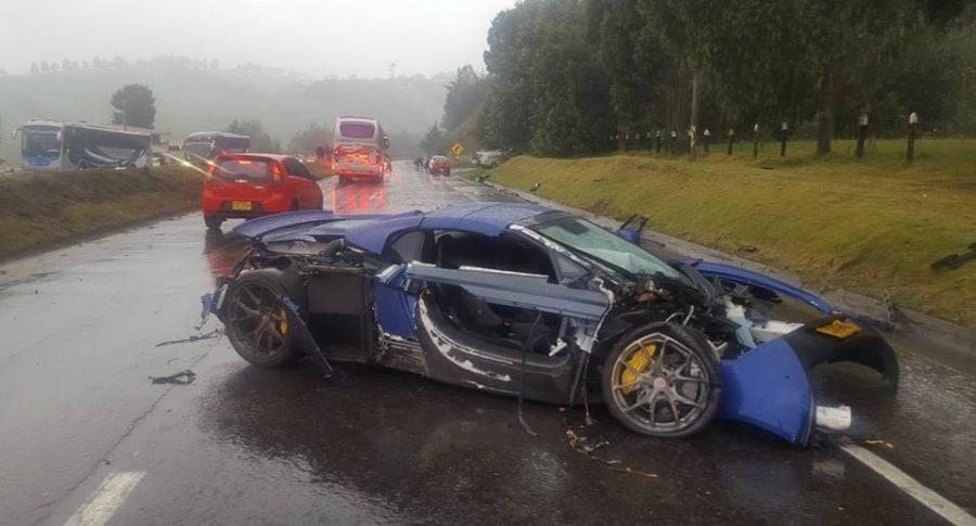 Carro accidentado