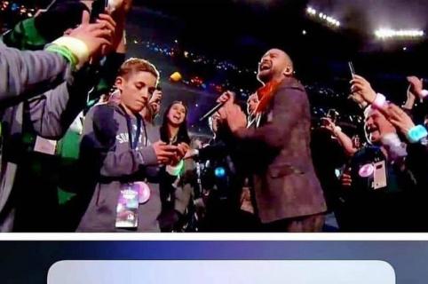 Niño selfi del Super Bowl y Justin Timberlake