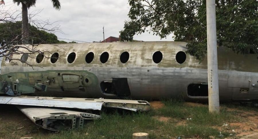 Avión abandonado en Bucaramanga.