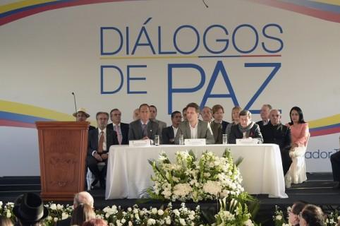 Mesa de diálogos Gobierno Colombia y Eln