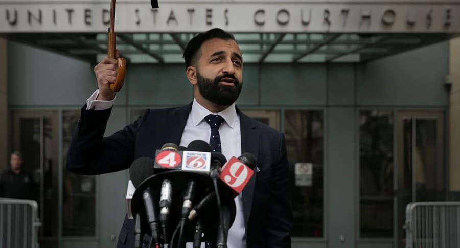 Abogado Sam Amin habla a la prensa del caso de Noor Salman