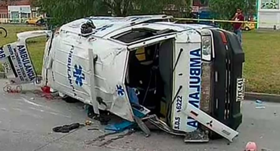 Ambulancia accidentada