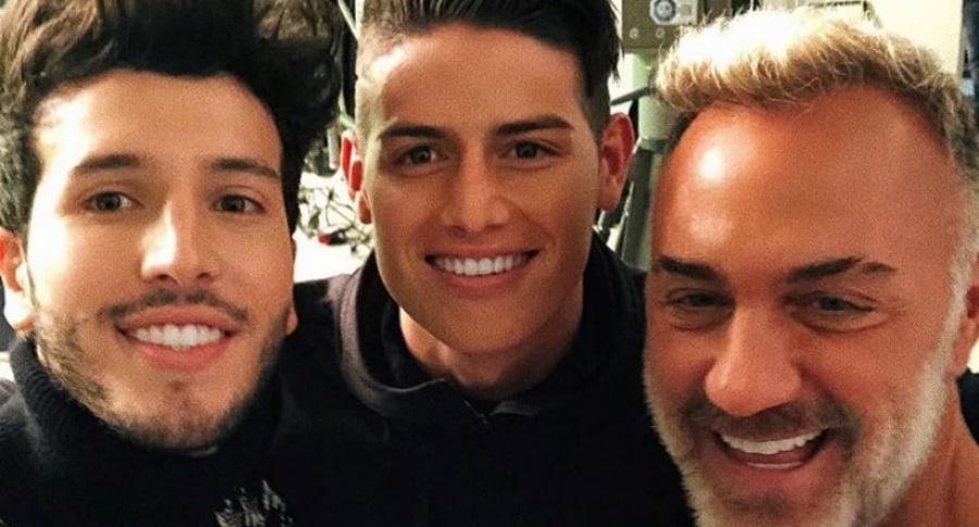 Sebastián Yatra, James Rodríguez y Gianluca Vacchi