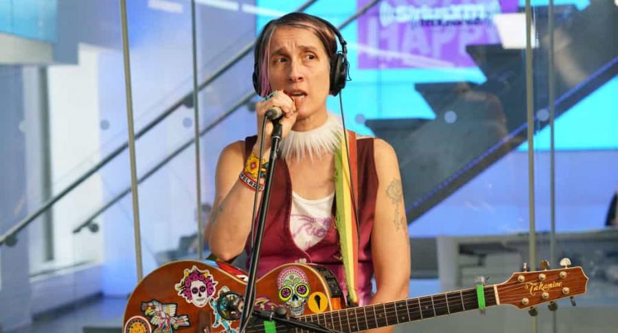 Andrea Echeverri En Los Grammy: El Despampanante Sombrero Con Que Andrea Echeverri Se Robó