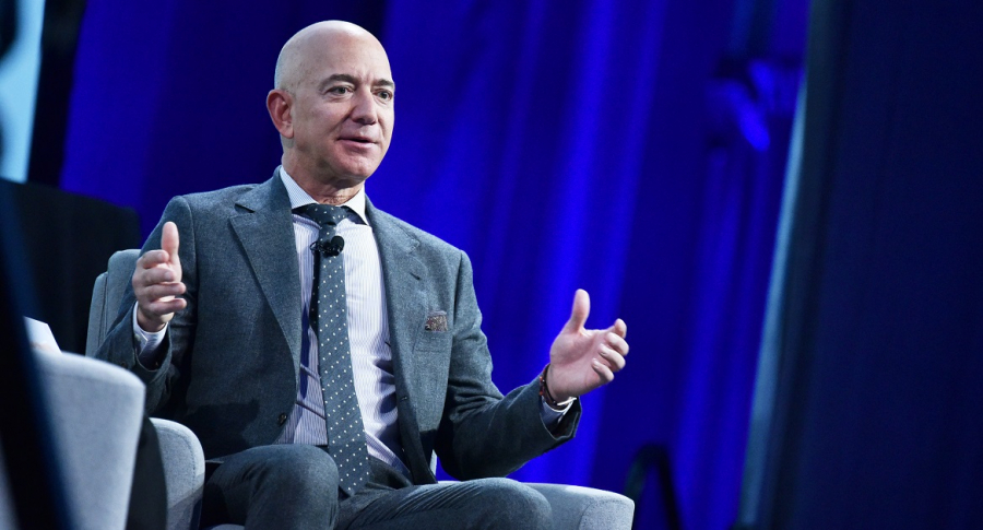 How much money Jeff Bezos makes per minute, hour and day
