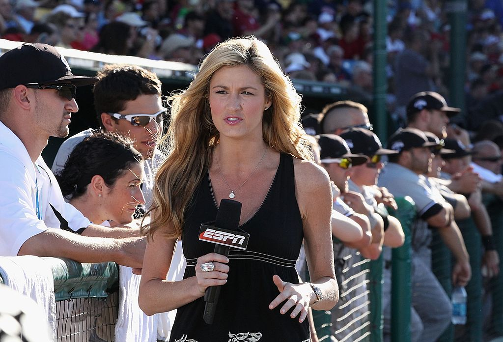 OMAHA, NE - JUNE 28:  Television personality Erin Andrews on air before game 1 of the men's 2010 NCAA College Baseball World Series between the UCLA Bruins and the South Carolina Gamecocks at Rosenblatt Stadium on June 28, 2010 in Omaha, Nebraska.  (Photo by Christian Petersen/Getty Images)