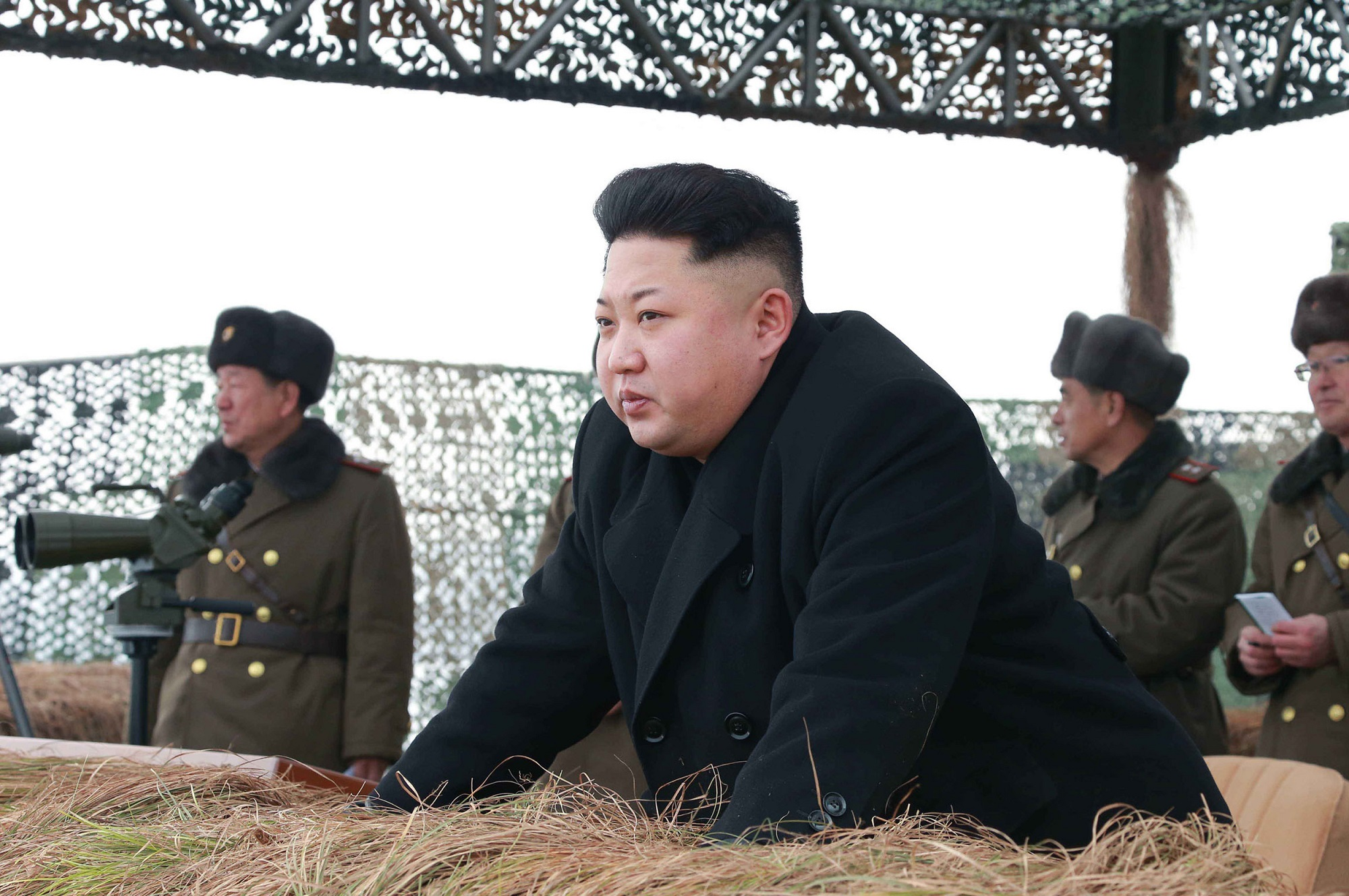 "This undated picture released from North Korea's official Korean Central News Agencdy (KCNA) on January 27, 2015 shows North Korean leader Kim Jong-Un (C) inspecting a winter river-crossing attack drill of the armored infantry sub-units of the motorized strike group in the western sector of the front of the Korean People's Army (KPA) at undisclosed place in North Korea.   AFP PHOTO / KCNA via KNS    REPUBLIC OF KOREA OUT  --- THIS PICTURE WAS MADE AVAILABLE BY A THIRD PARTY  ----- AFP CAN NOT INDEPENDENTLY VERIFY THE AUTHENTICITY, LOCATION, DATE AND CONTENT OF THIS IMAGE  ----  THIS PHOTO IS DISTRIBUTED EXACTLY AS RECEIVED BY AFP    ---EDITORS NOTE--- RESTRICTED TO EDITORIAL USE - MANDATORY CREDIT ""AFP PHOTO / KCNA VIA KNS"" - NO MARKETING NO ADVERTISING CAMPAIGNS - DISTRIBUTED AS A SERVICE TO CLIENTS"