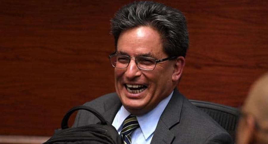 Ministro Hacienda Alberto Carrasquilla no sabe por qué aumentó desempleo